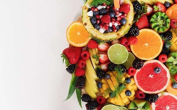 capelli-rimedi capelli rovinati-sana alimentazione-frutta e verdura-darshanatura