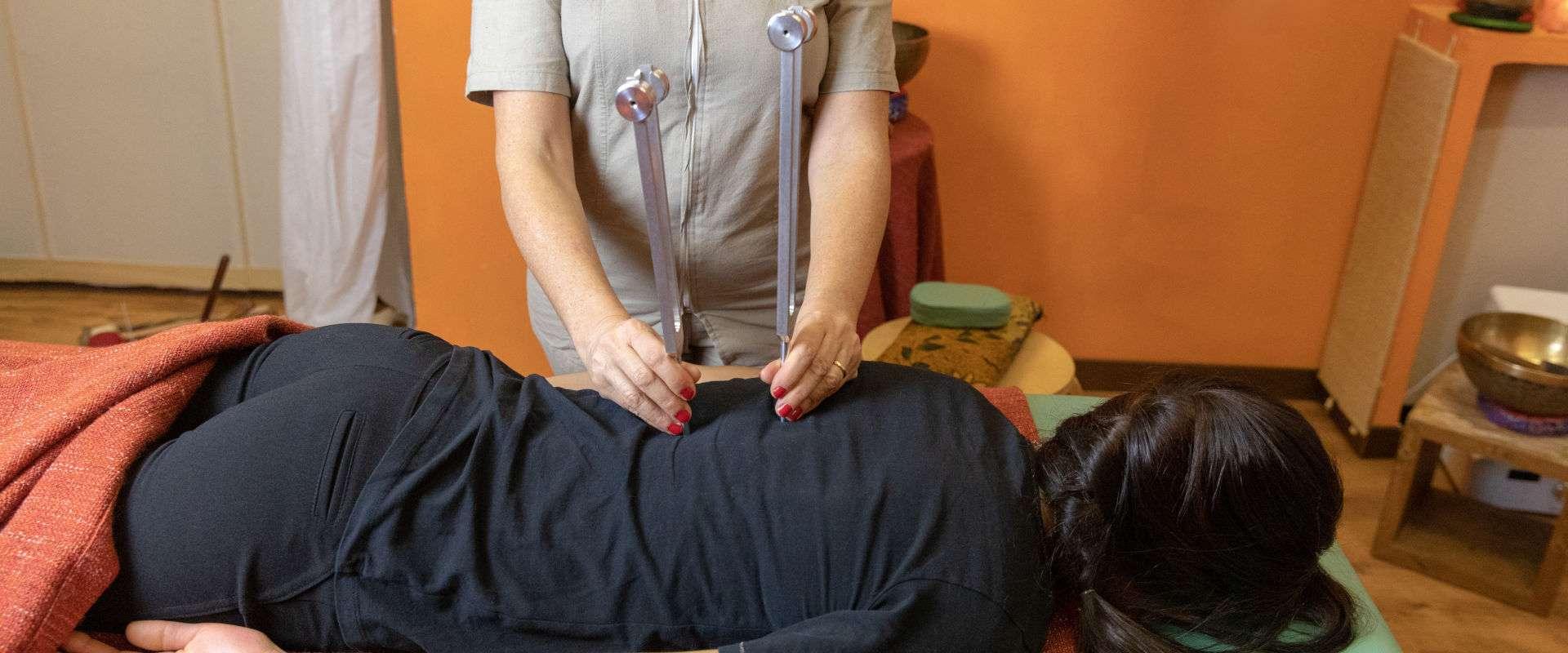 DarshaNatura Massaggio Diapason alla Schiena